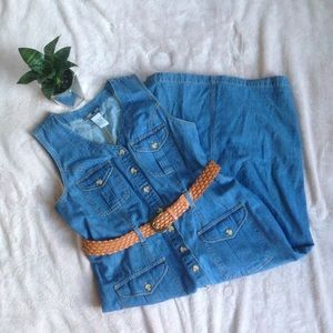 Vintage denim midi jumper with buttons and pockets